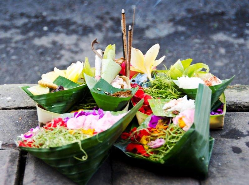 Canang sari - nádherné balijské obětiny bohům