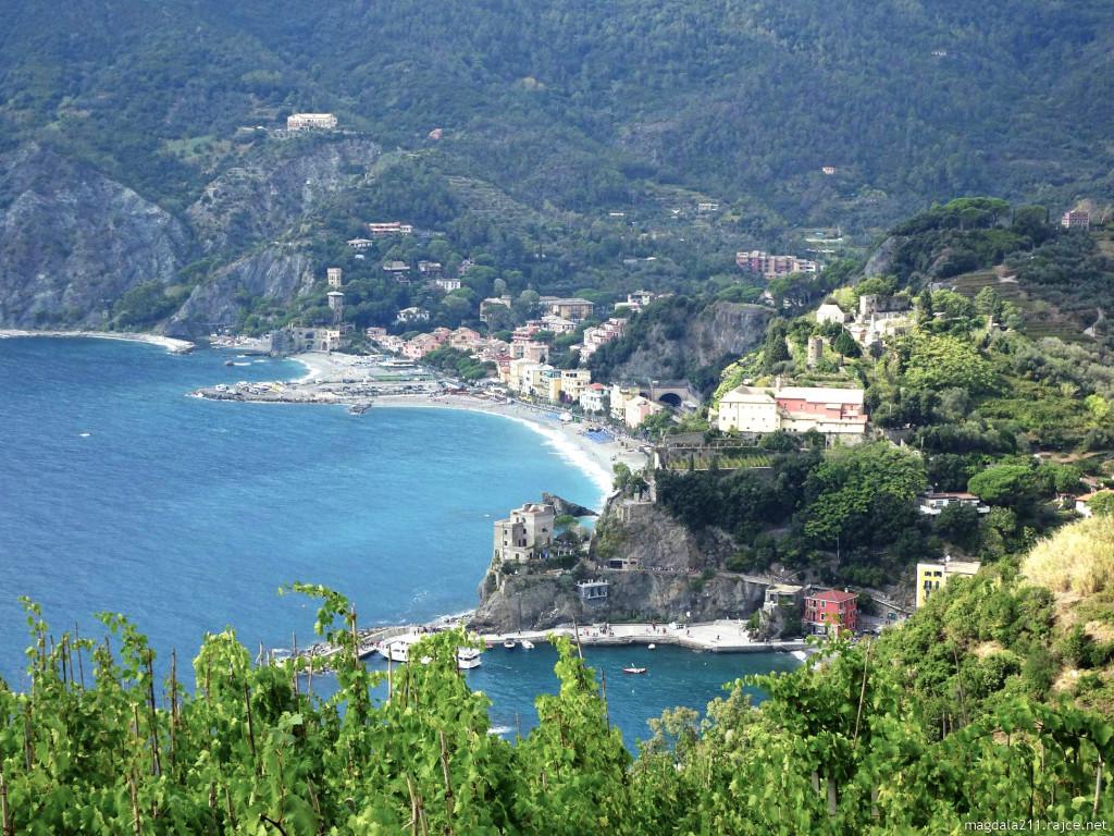 Pobřeží u Monterosso al Mare